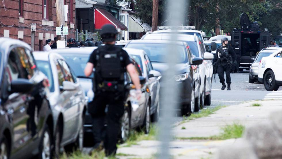 Al menos seis policías heridos en un tiroteo en Filadelfia