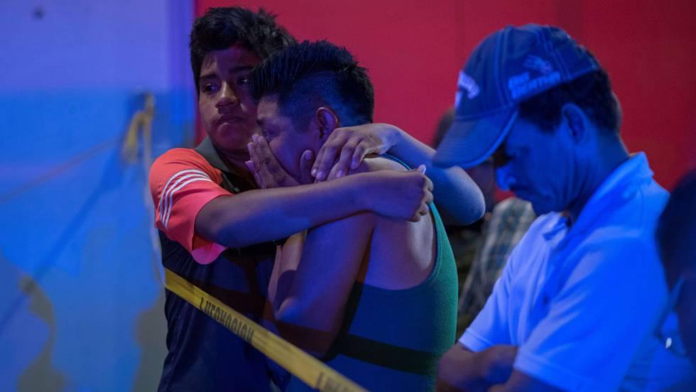 familiares victimas ataque bar