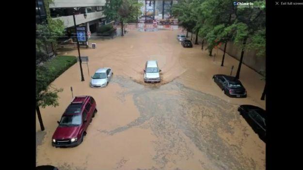 Fuertes lluvias causan problemas de inundación alrededor de Birmingham