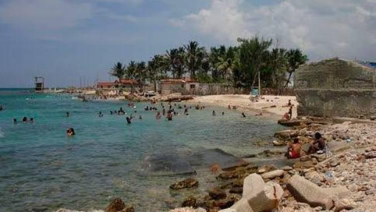 Un rayo mata a cinco personas, entre ellas tres niños, en una playa cubana