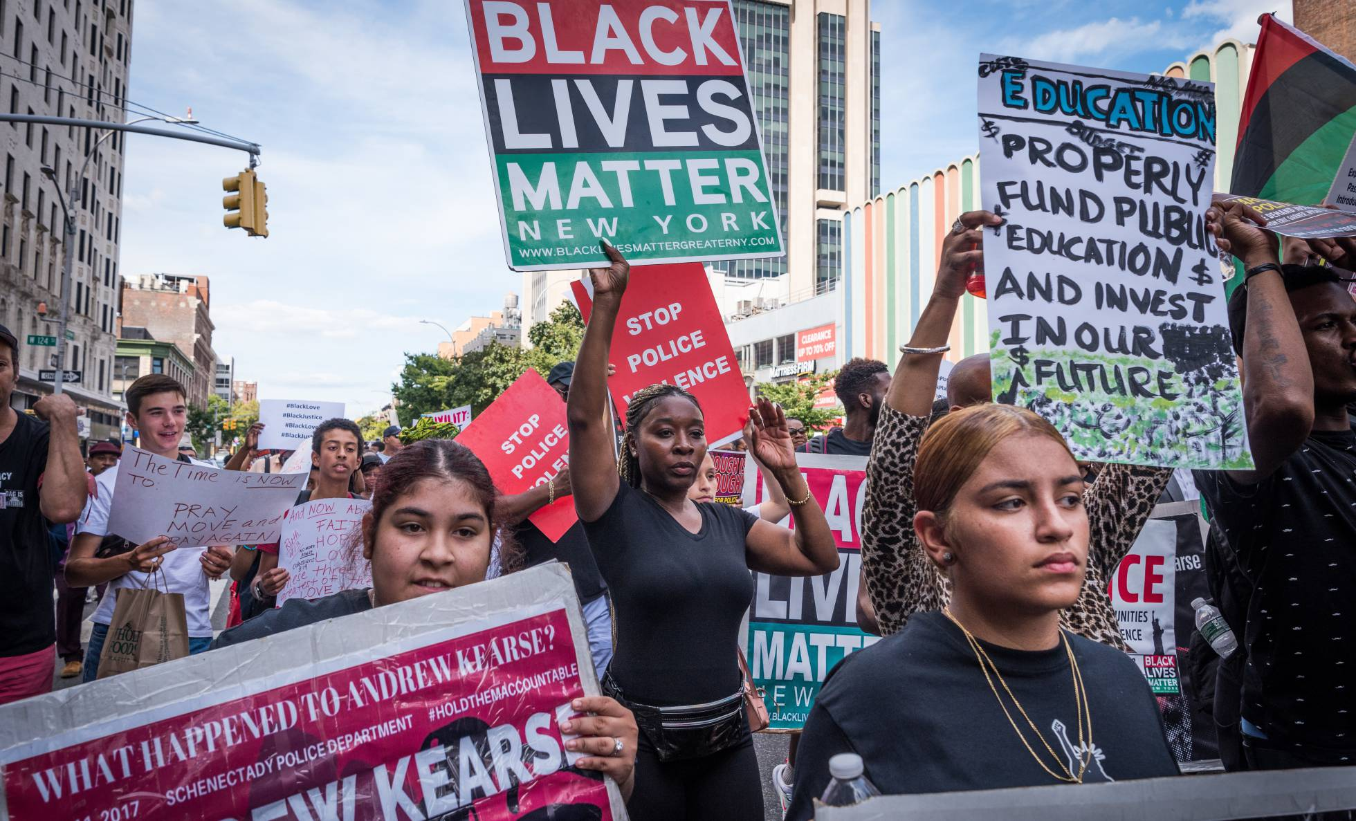 EE UU añade a su lista de terrorismo el supremacismo blanco