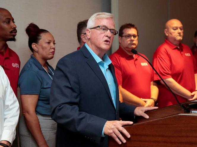 Trabajadores de General Motors declaran huelga en EU