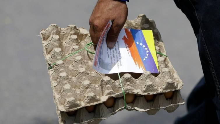 Cuatro de cada cinco venezolanos dejan el país por la falta de alimentos y medicinas