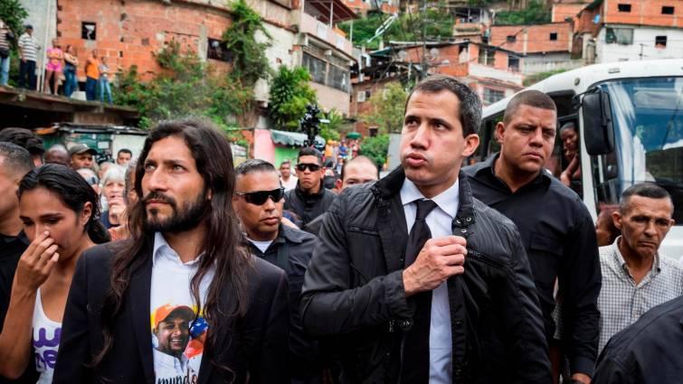 """Guaidó acusa a Maduro de financiar el """"vandalismo"""" en Ecuador, Chile y Bolivia"""