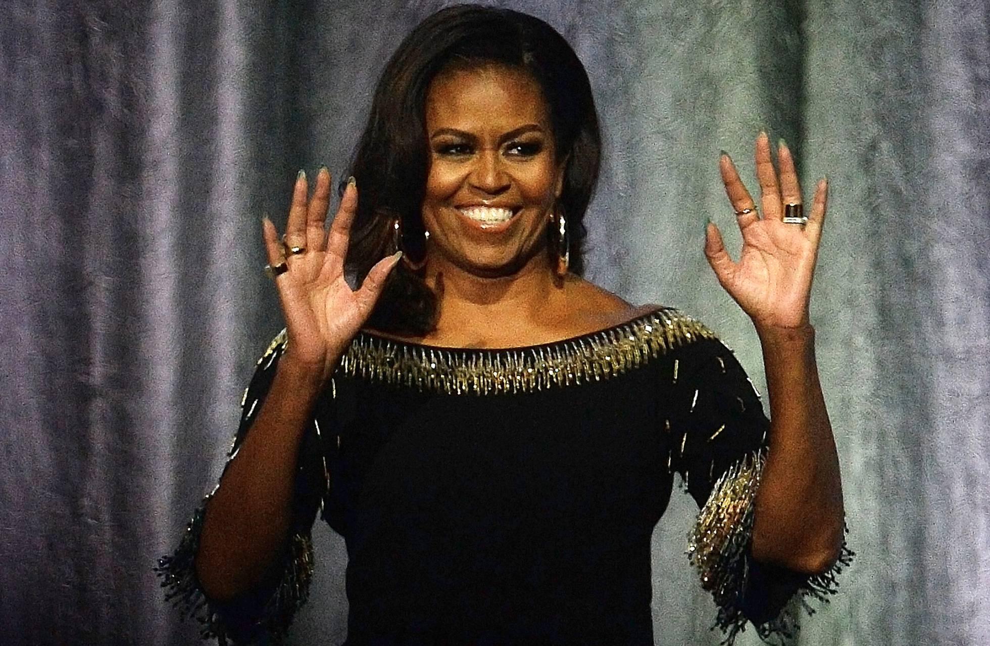 Michelle Obama explota el éxito de sus memorias con un nuevo libro