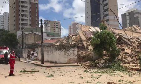 edificio derrumbado en fortaleza Brasil