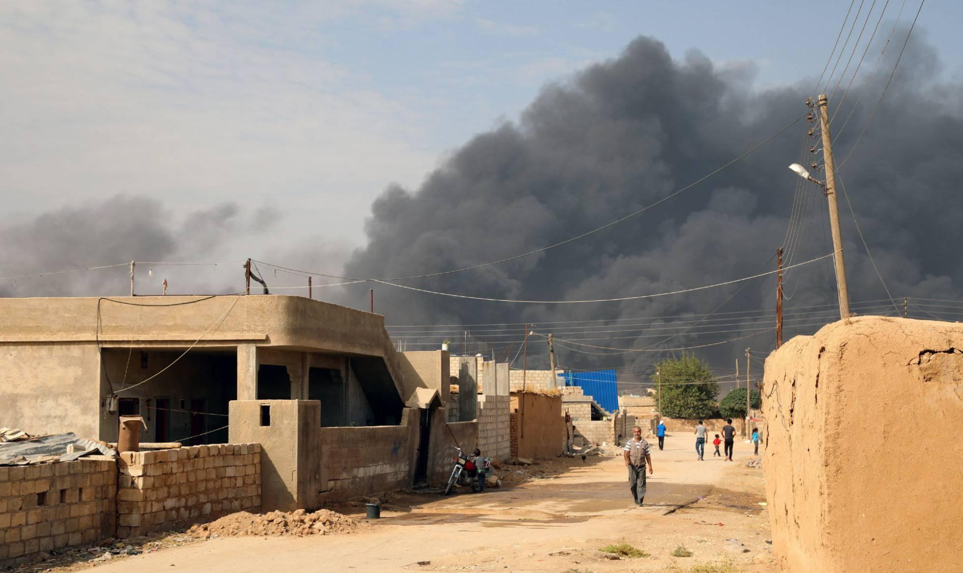 EE UU y Turquía pactan un alto el fuego de cinco días en la ofensiva de Ankara en Siria