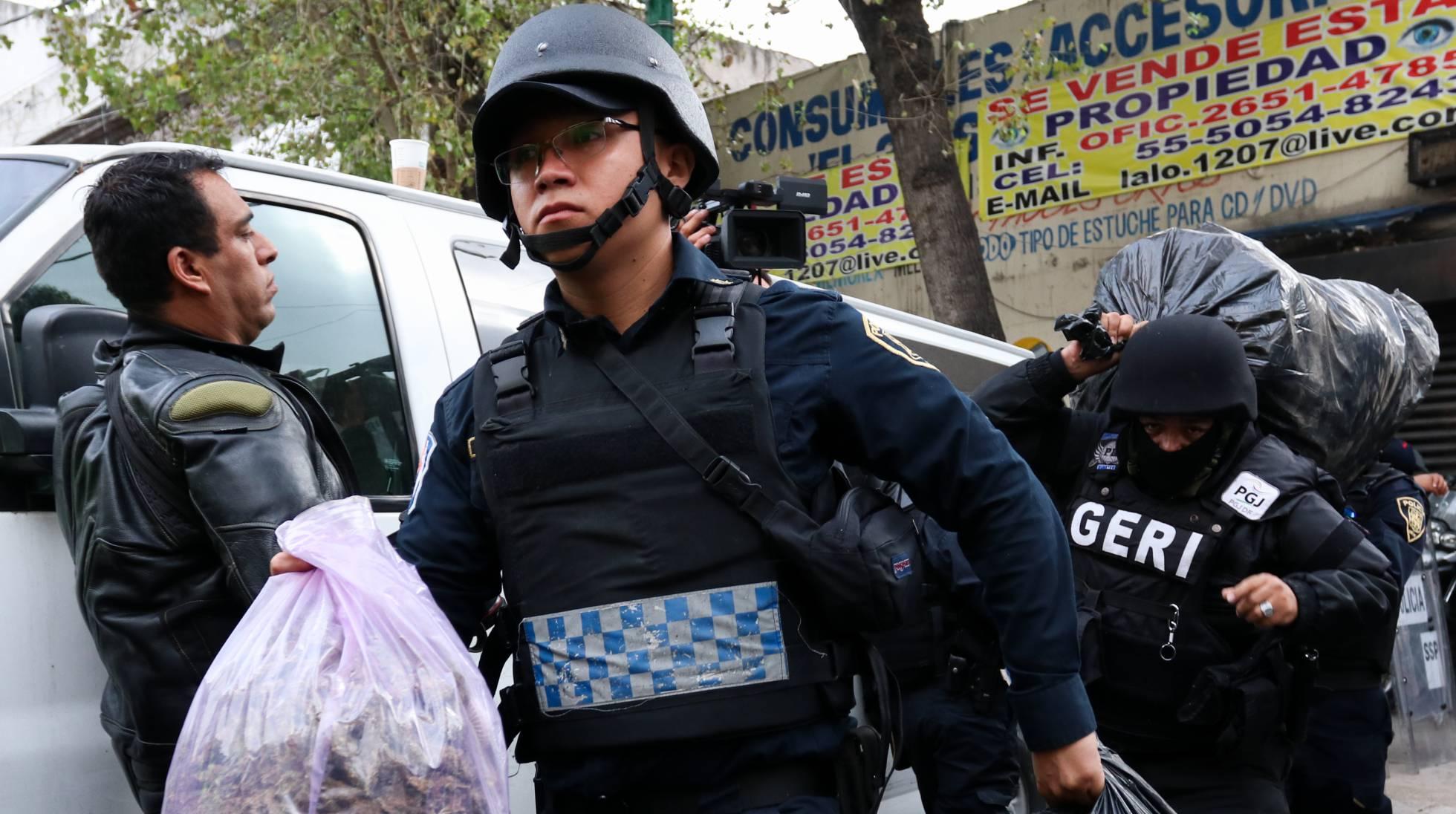 policias operativo