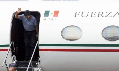 Evo Morales pisa suelo mexicano