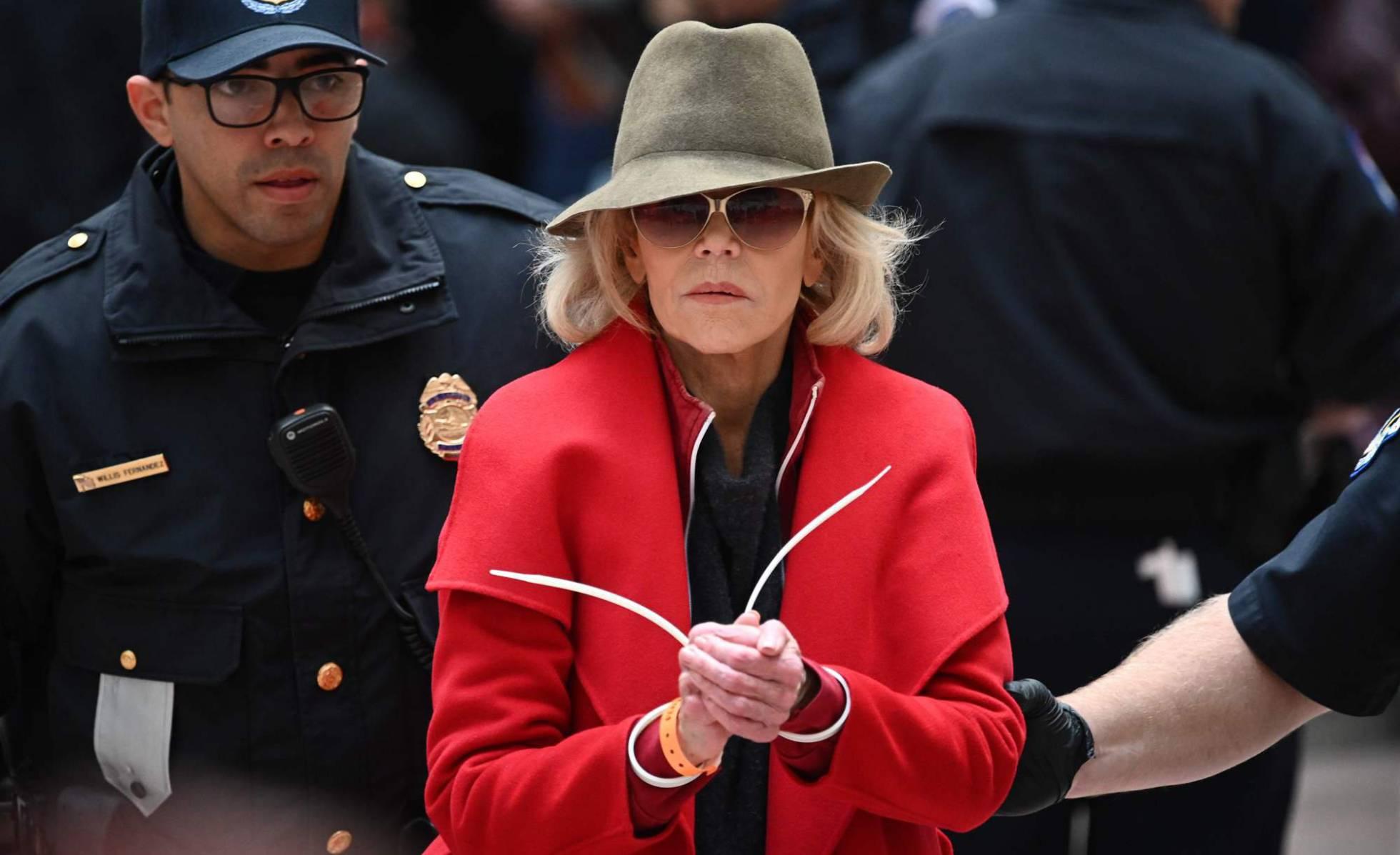 Jane Fonda, arrestada cada viernes