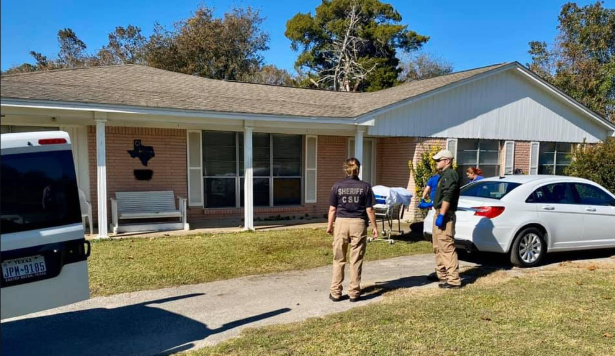 Jabalíes salvajes matan a una mujer ante la casa donde trabajaba en Texas
