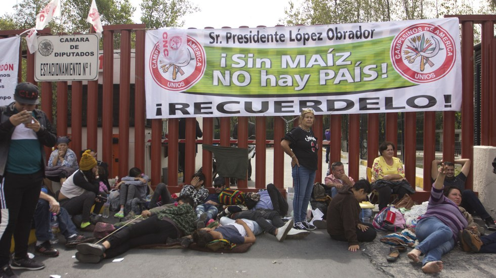 Campesinos amenazan con irrumpir en desfile del 20 de noviembre