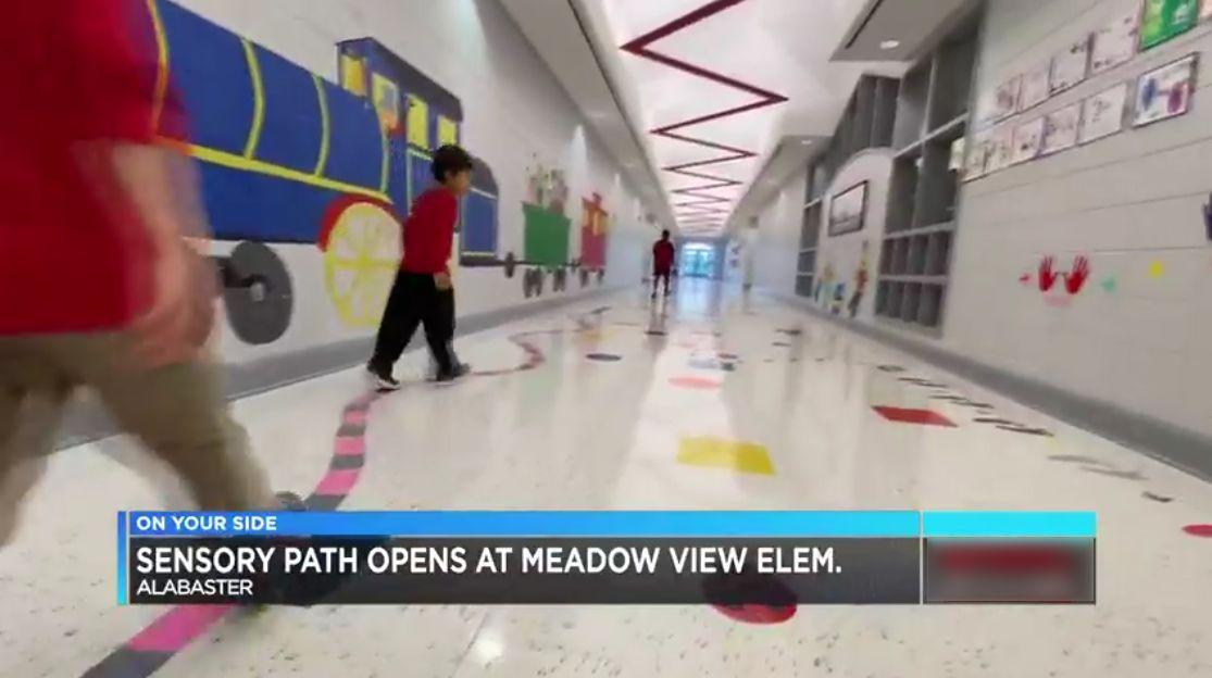 4 nuevos caminos sensoriales, fueron agregados a las escuelas de Alabaster