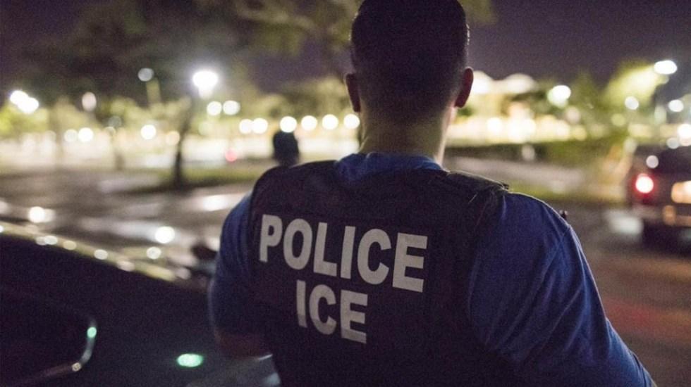 Detienen a 90 estudiantes extranjeros de universidad falsa creada por ICE