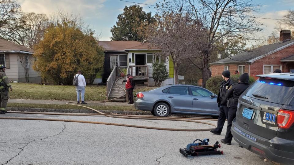 1 persona en estado grave, después de incendio en una casa de Birmingham