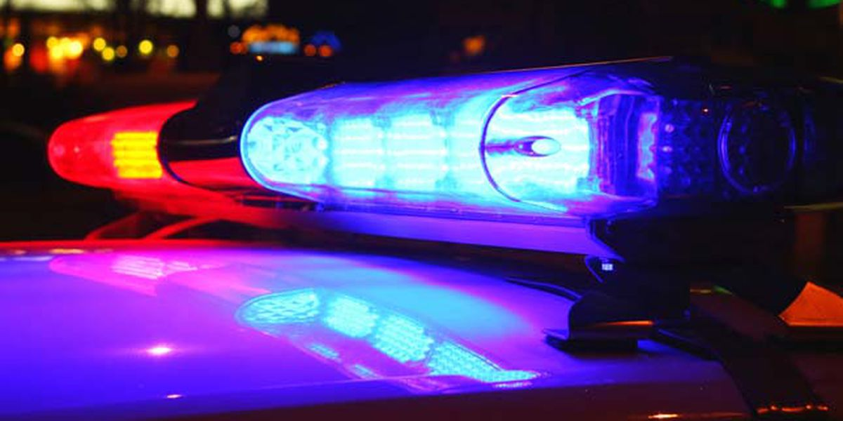 Investigación de homicidio, después de la muerte de un hombre en su casa, luego de un altercado en un bar