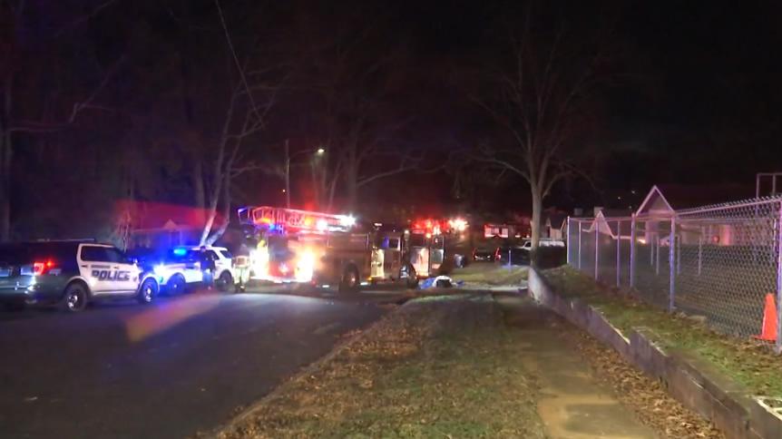 Mujer de 55 años, muere tras incendio en una casa de Birmingham