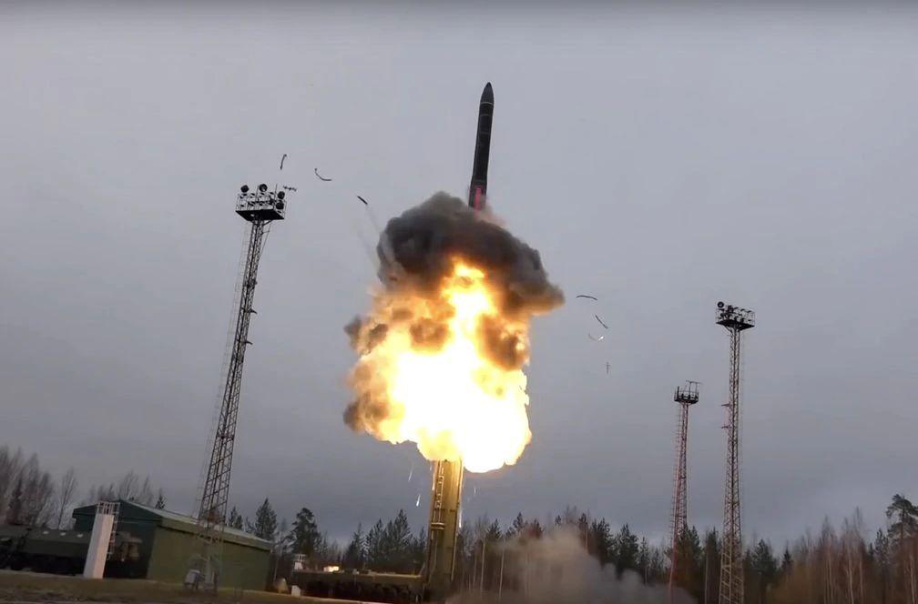"""Putin pone en activo su supermisil hipersónico """"Avangard"""", capaz de atravesar cualquier escudo antimisiles"""