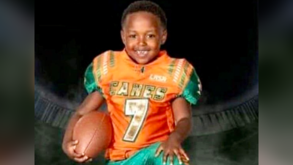 """El entrenador de un niño de Birmingham de 5 años, asesinado en un tiroteo, lo llama """"corazón y alma"""" del equipo"""