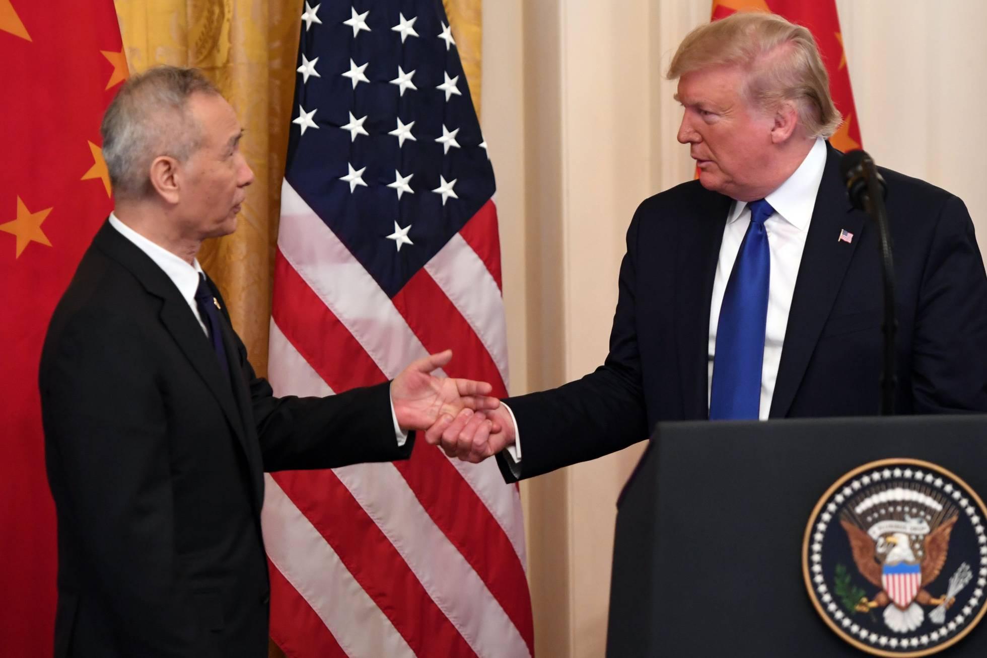 China y EE UU sellan la primera fase del acuerdo para poner fin a la guerra comercial
