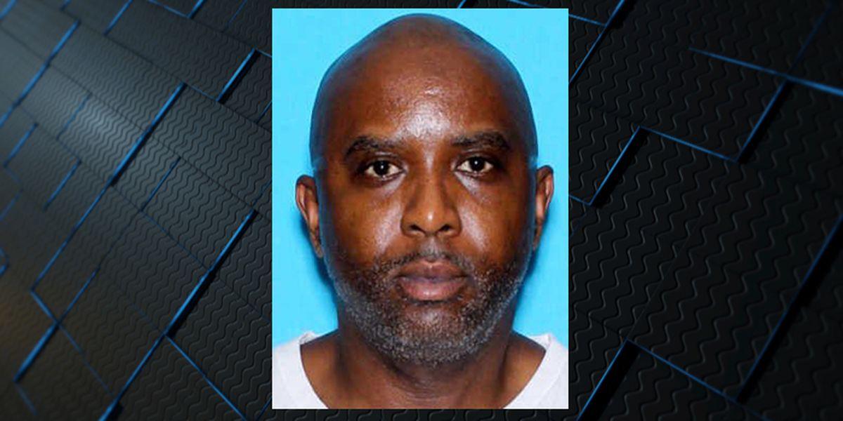 Sospechoso de asesinato buscado en tiroteo en complejo de apartamentos de Huntsville muerto