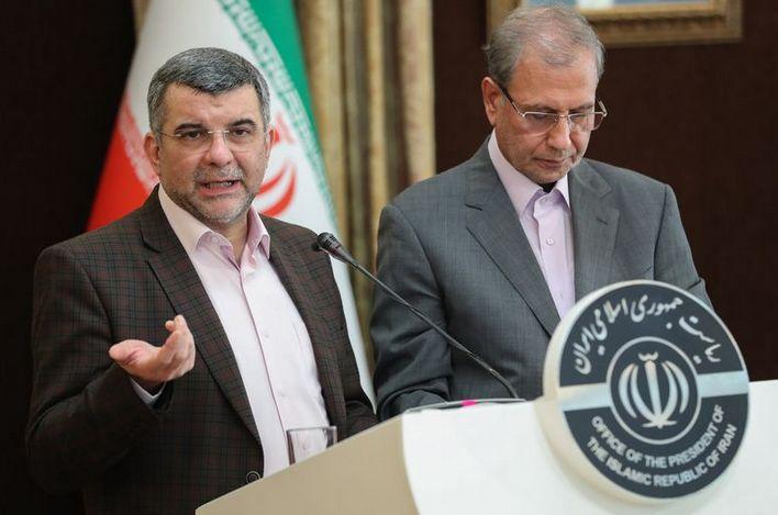 El viceministro de Sanidad iraní da positivo en coronavirus tras aparecer con sudores en una rueda de prensa