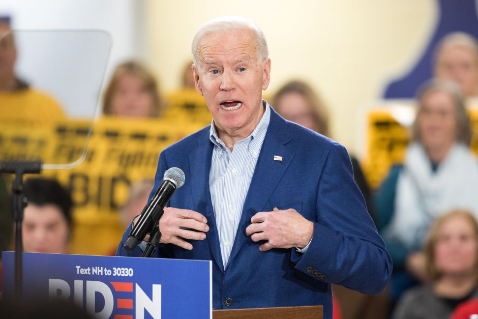 """Joe Biden reconoce que deportar a tres millones de inmigrantes fue """"un error"""""""