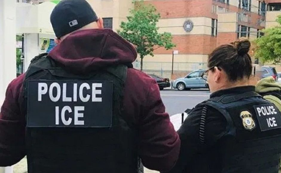 Administración Trump presiona para que ICE haga deportaciones exprés
