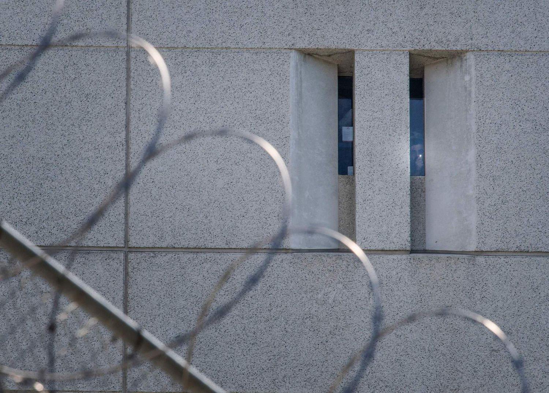 La policía de inmigración de Estados Unidos suspende la mayoría de las detenciones ante la crisis sanitaria