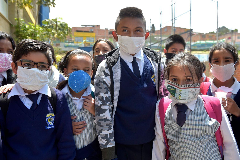 Cinco países de Latinoamérica imponen restricciones a los viajeros provenientes de países con coronavirus