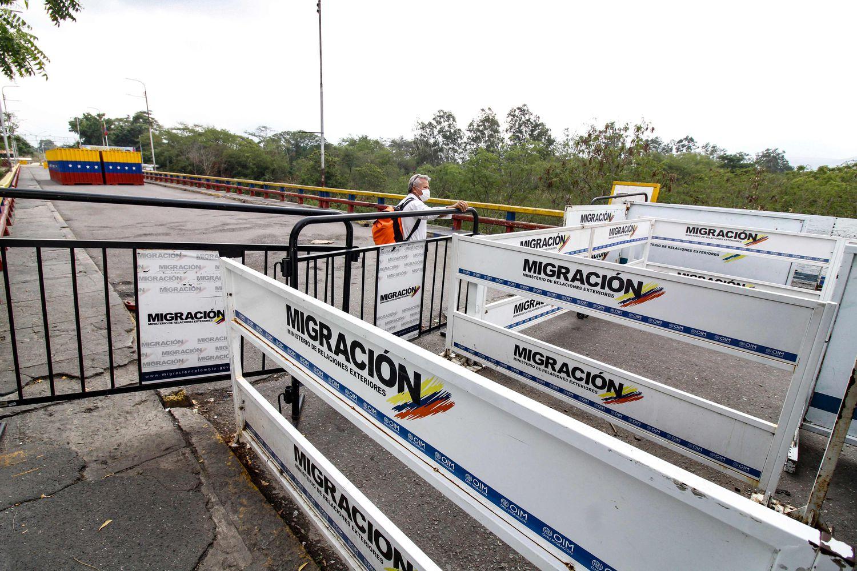 Colombia cierra todas sus fronteras durante más de dos meses para tratar de contener el coronavirus
