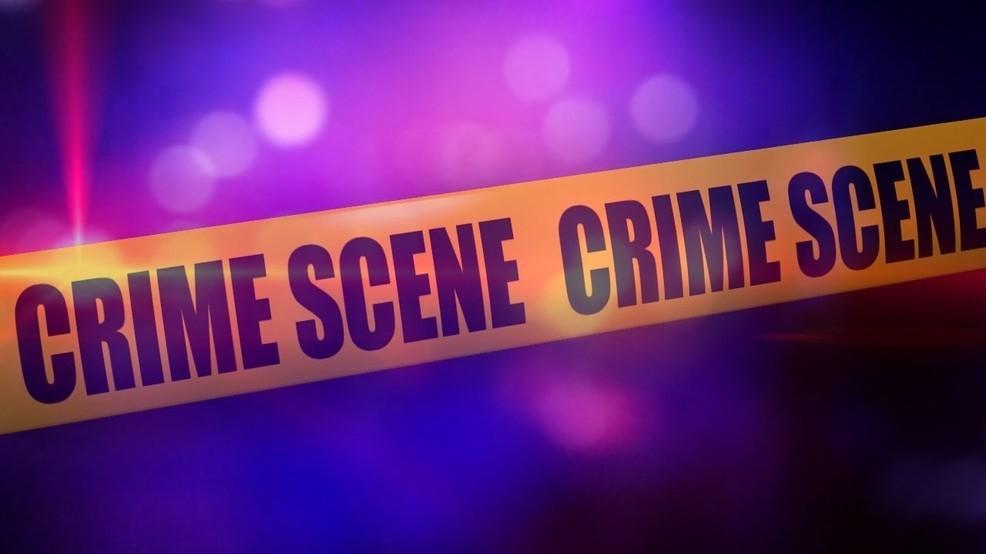 Hombre herido de bala a través de la puerta de un apartamento en Hoover