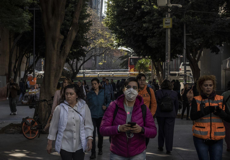 La presión social y los rumores sobre el virus ponen en aprietos al Gobierno mexicano