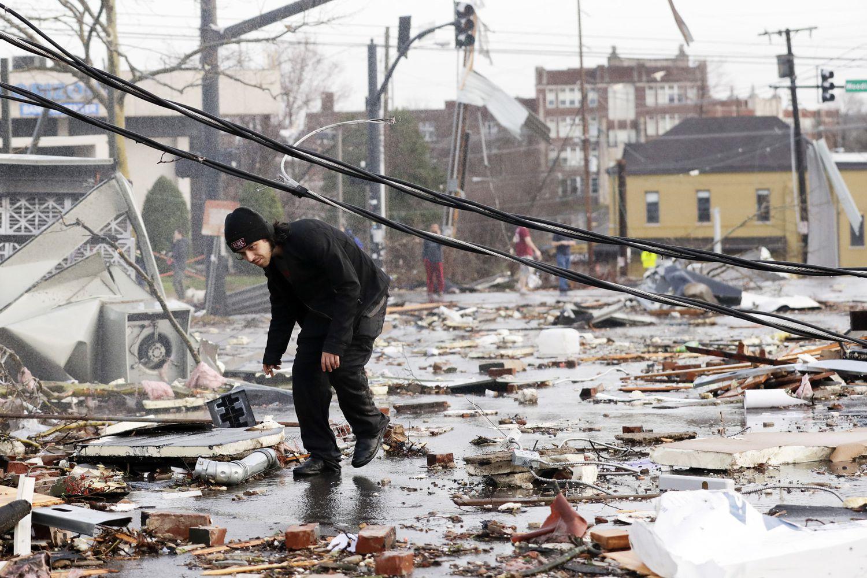 Fuertes tornados dejan al menos 19 muertos en Tennessee