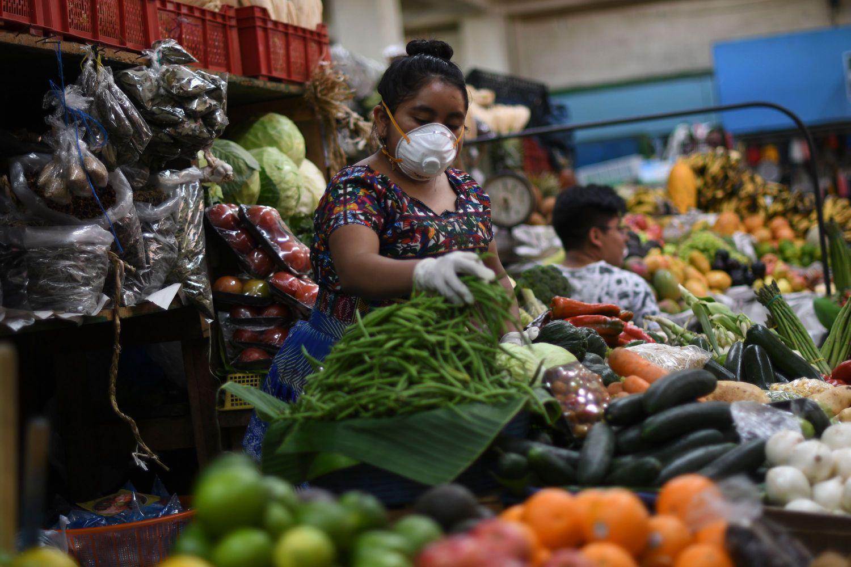 América Latina afronta la crisis del coronavirus entre tensiones políticas y fragilidad económica