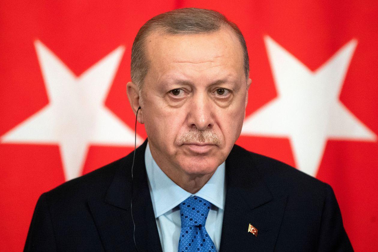 Turquía libera a 90.000 presos. Ninguno es opositor