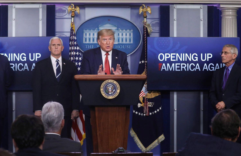 Trump en conferencia en la casa blanca
