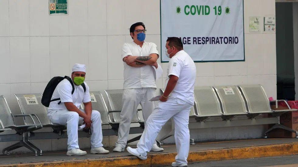 Hay mil 934 profesionales de la salud contagiados de COVID-19 en México