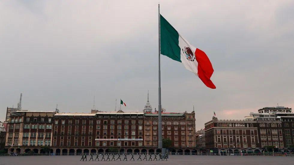 Salud estima que hay un total de 55 mil 951 casos de COVID-19 en México