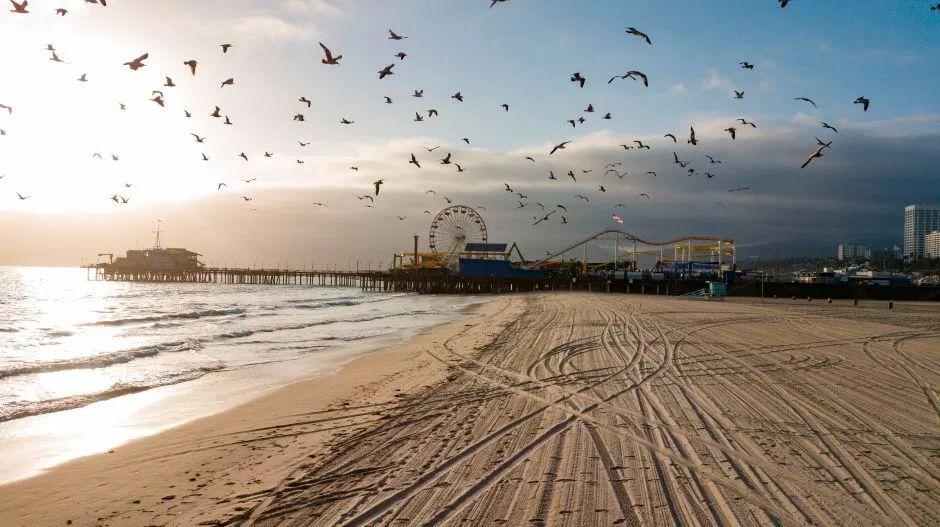 playas desocupadas california
