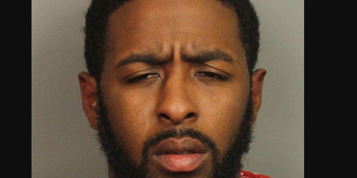 Demetric Hampton acusado de asesinato