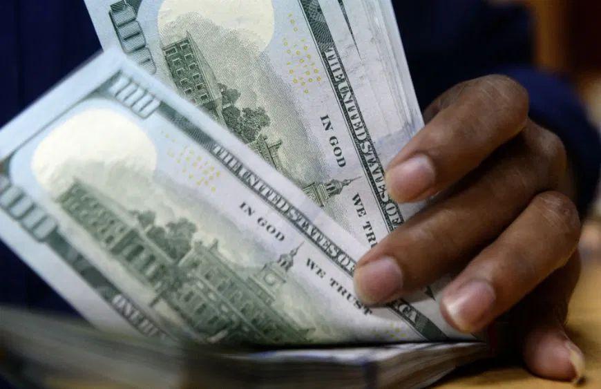 Tarjeta de $400 dólares y $300 adicionales para comida son gran alivio para indocumentados en California