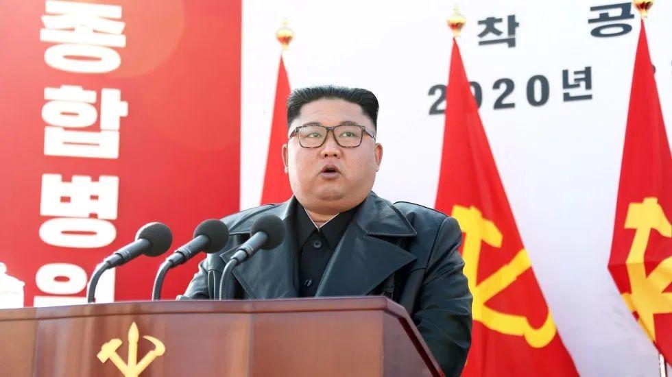kim jong un en evento publico el 17 de marzo