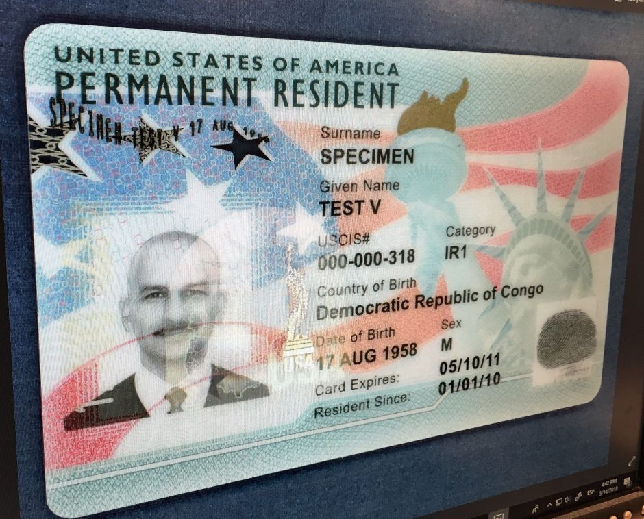"""La mala noticia para inmigrantes que ganaron la """"lotería de visas"""""""