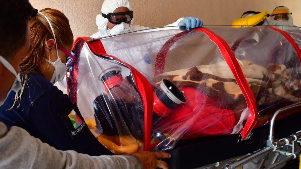 Confirman contratación de médicos cubanos en Ciudad de México a través de un convenio de 135 mdp