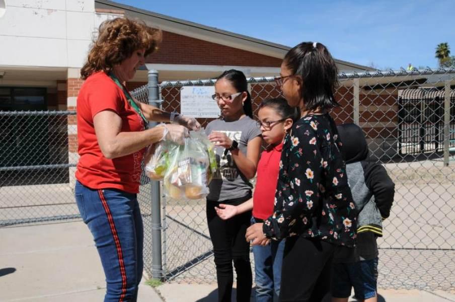 Los niños de Los Ángeles recibirán comidas gratis durante el verano en 49 parques del condado