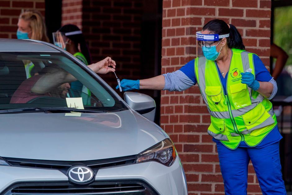 Estados Unidos marca un nuevo récord: 45,330 nuevos casos de COVID-19 en un día
