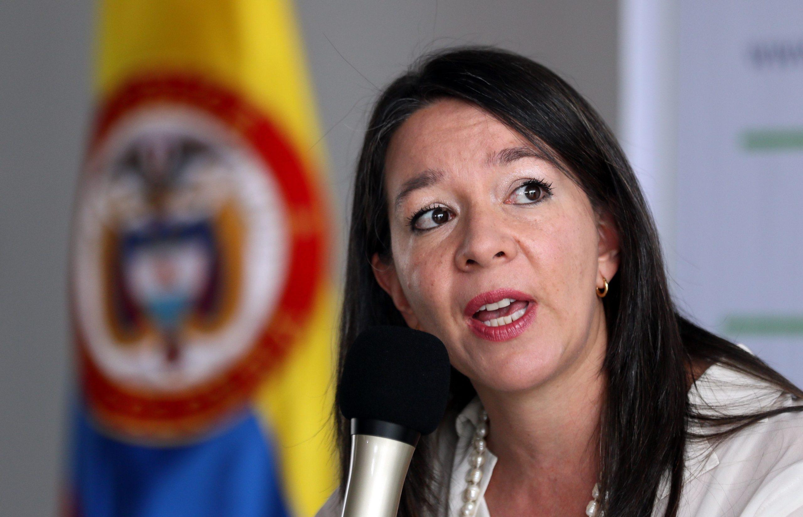 La JEP cita a declarar a 14 exjefes de las FARC por reclutamiento de menores