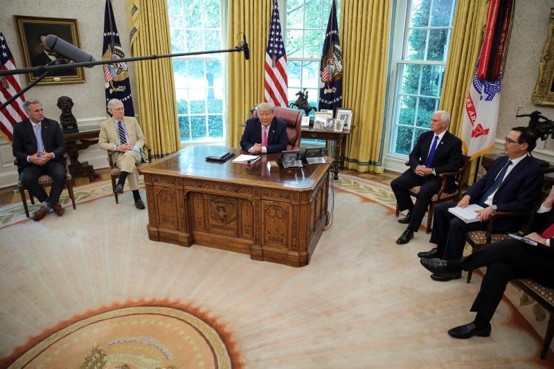 EE.UU. negocia nuevo plan de alivio económico ante gravedad de la pandemia