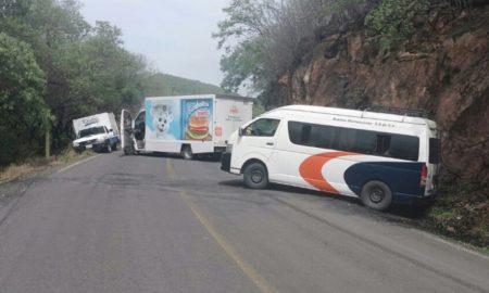 aguililla buenavista bloqueos criminales michoacan
